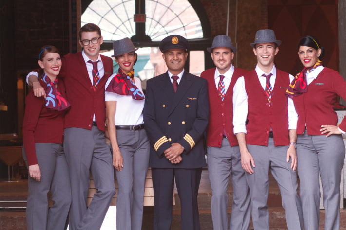 air-canada-rouge_uniform_group